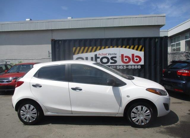 2011 Mazda Mazda2 ( 177 000 KM – ROULE COMME NEUF ) complet