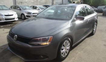 2011 Volkswagen Jetta ( ROULE COMME NEUF ) complet