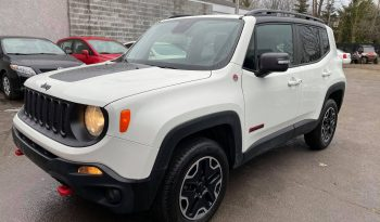 2015 Jeep Renegade Trailhawk ( 4WD 4×4 – SPORT ) complet