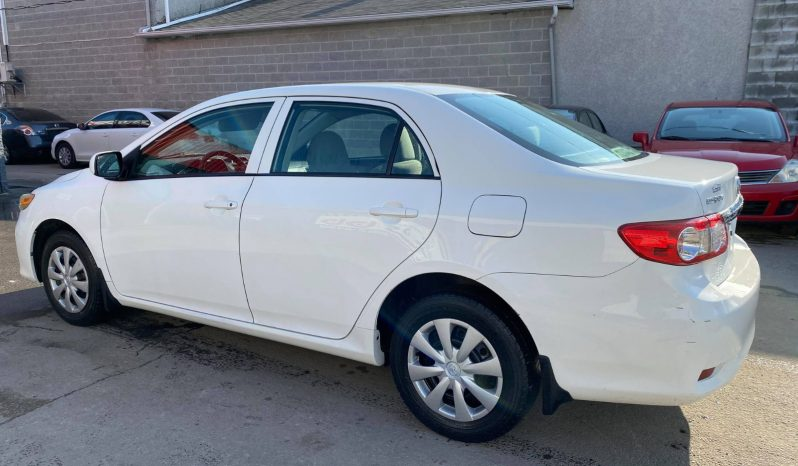 2013 Toyota Corolla LE complet