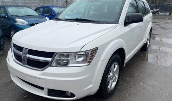 2010 Dodge Journey ( 4 CYLINDRES – ROULE COMME NEUF ) complet